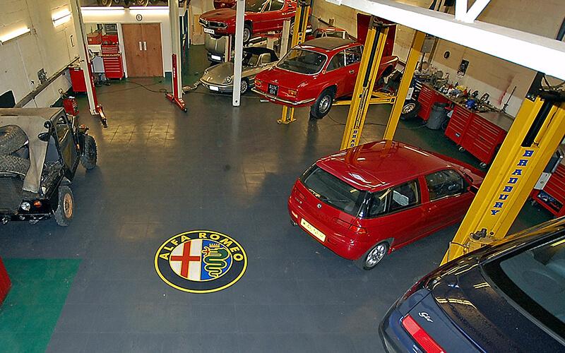Alfa Romeo Flooring