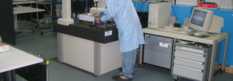 Conductive Flooring Product : Interlocking esd flooring for commerce and industry