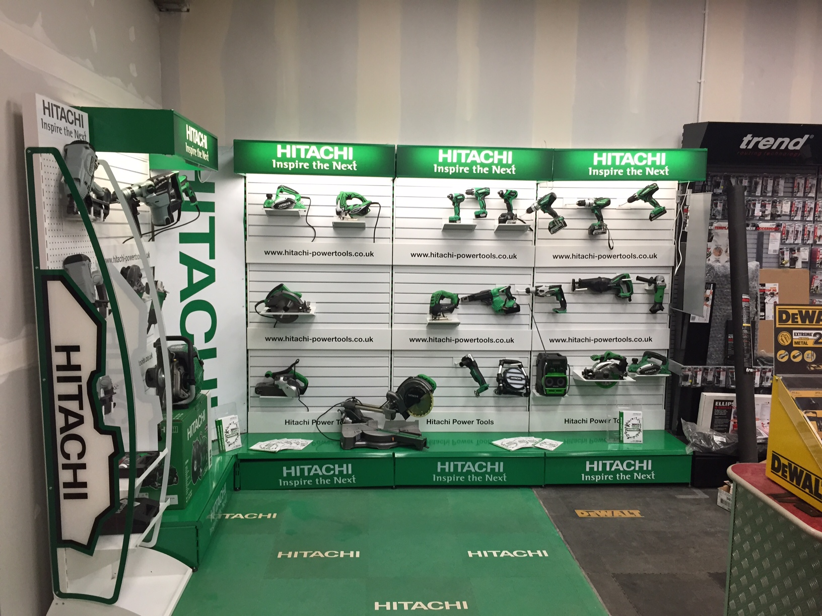 point of sale hitachi power tools ecotile