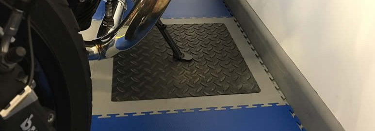 Ecotile reinforced tile metal plate