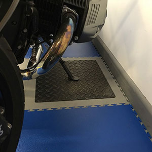 Industrial Flooring Smooth textured floor tile